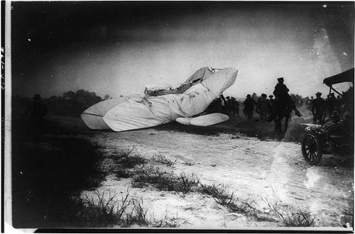 First Plane Crash
